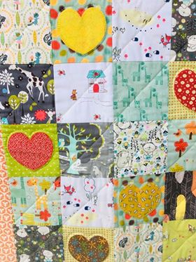 Image of Bright Heart I Spy Quilt