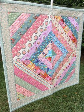 Image of Diamond Striped Quilt