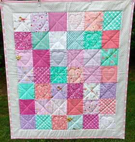 Image of I Spy Little Hearts Quilt