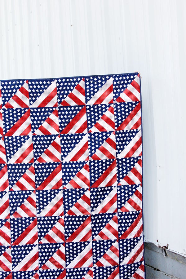 Image of the AMERICANA QUILT PDF Pattern