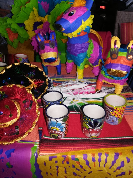 Image of Cinco de Mayo fiesta at home package