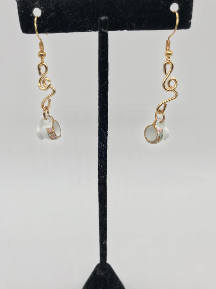 Image of The tea cup earrings