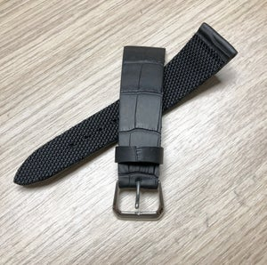 "Image of Black ""rubberized"" Alligator waterproof watchstrap"