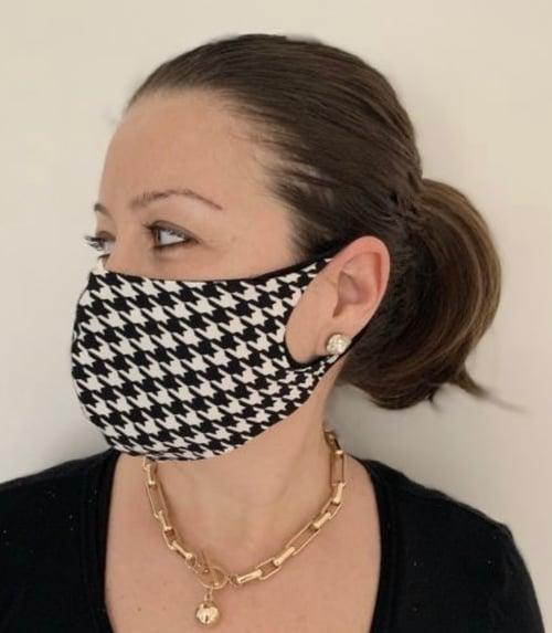 Image of Reversible Masks