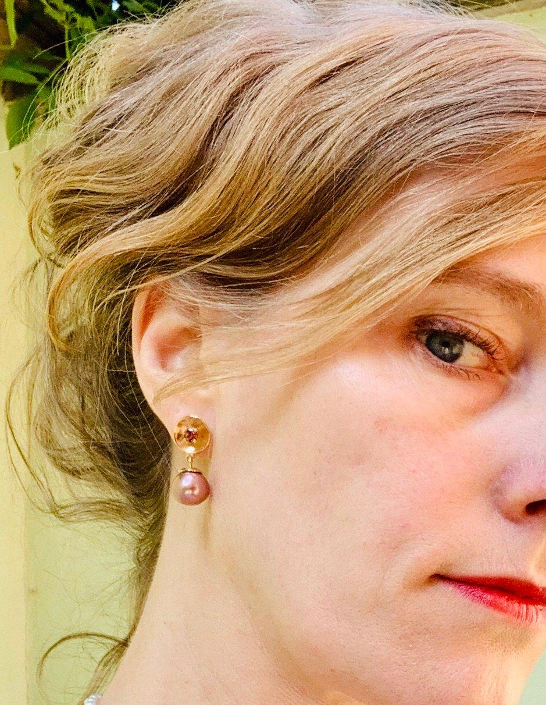 Image of 'Icons' oorringen in roos goud, toermalijn en parels / earrings rose gold, tourmaline, pearls