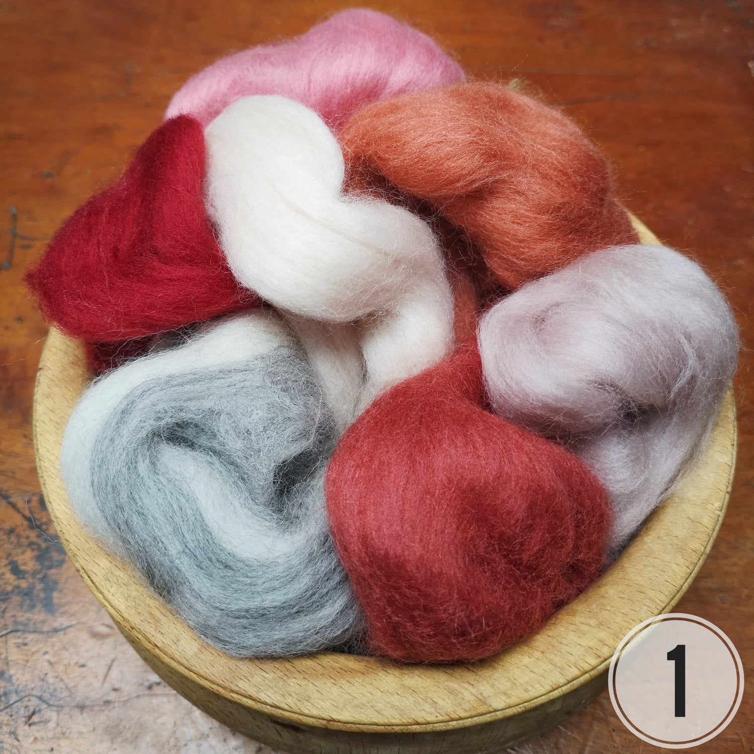 Image of Merino roving wool for felting