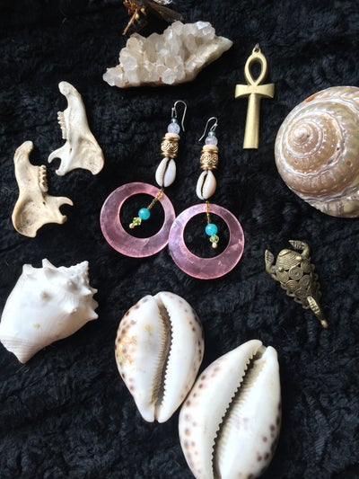 Image of ~*~Sweet Shell love hoops*~