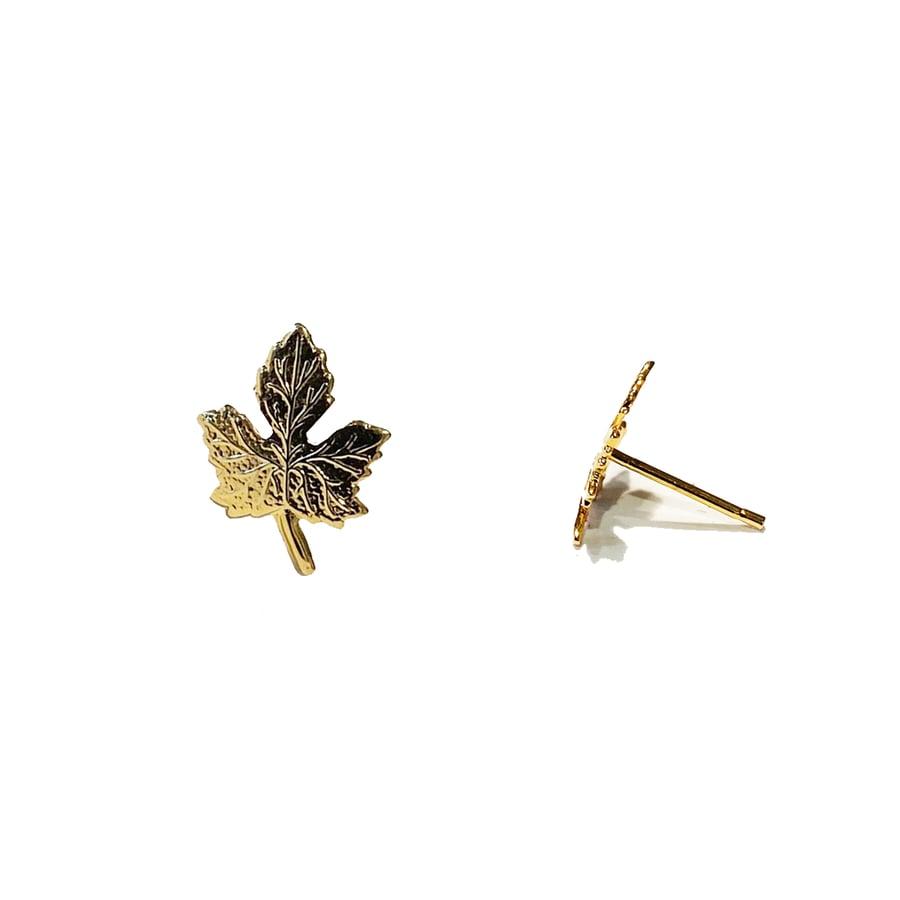 Image of Vintage Leaf Stud Earrings