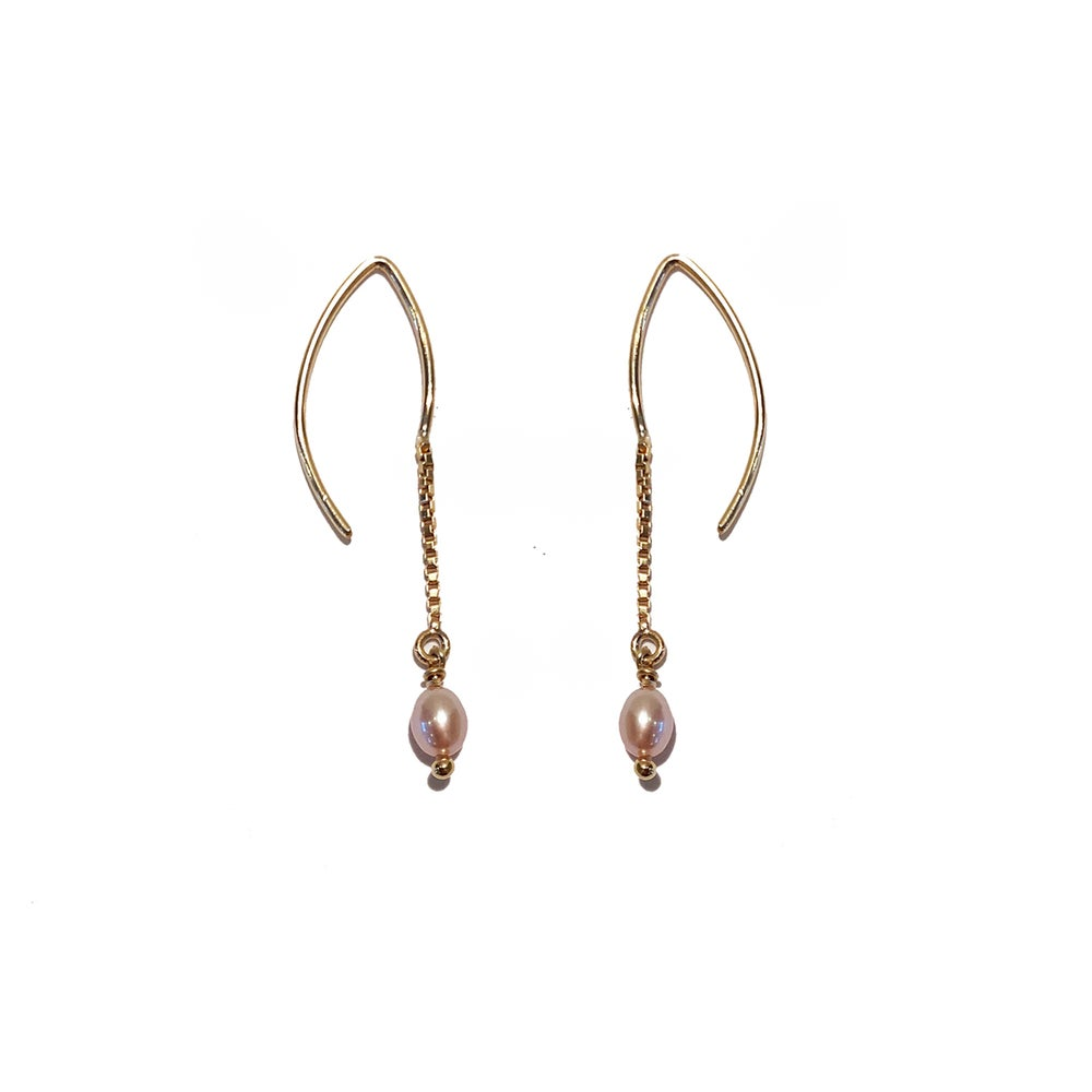 Image of Gold Filled Threader Pink Pearl Earrings