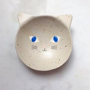 Image of Cat with blue eyes - medium bowl