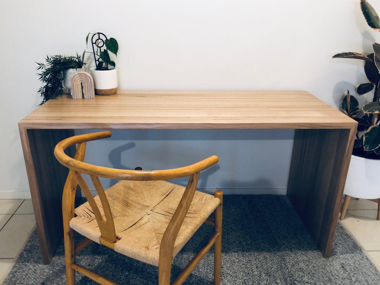 Image of Manny Desk -slimline