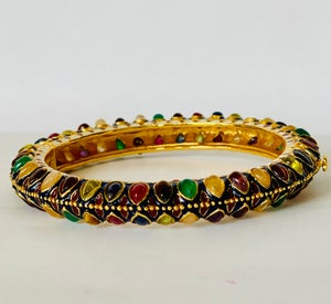Image of gemstone hinged bangle
