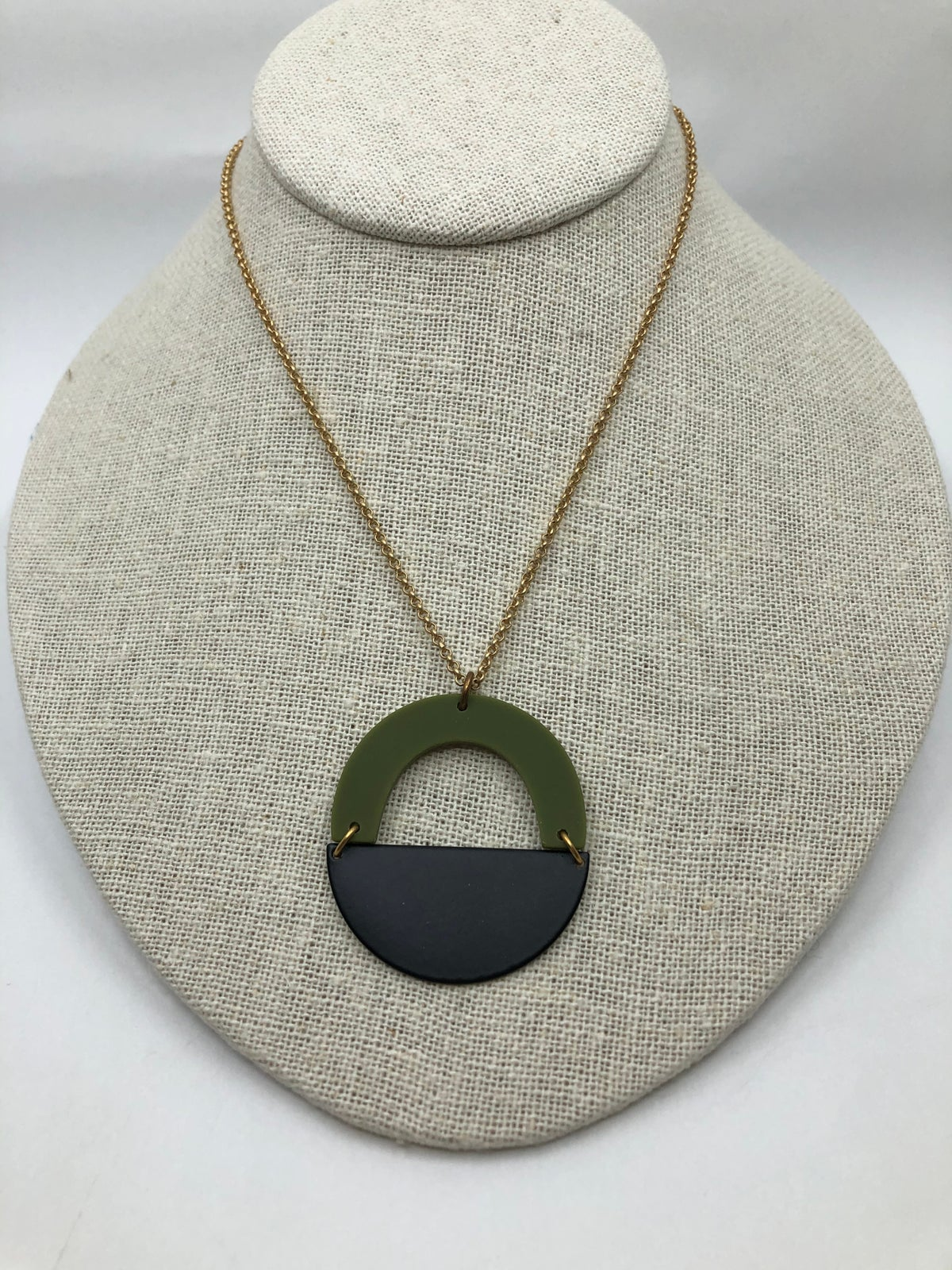Circle Necklace by Larissa Loden
