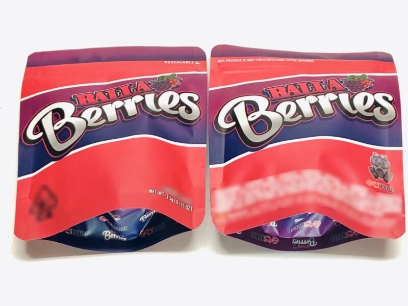 Image of Balla Berries Bags Empty 3.5-7g Size Smell Proof Mylar Bags