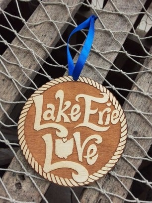 "Image of ""Lake Erie Love"" Wooden Ornament"