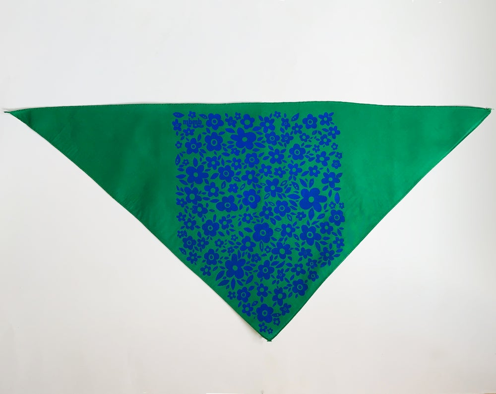 Image of Retro Floral Print Triangle Bandana