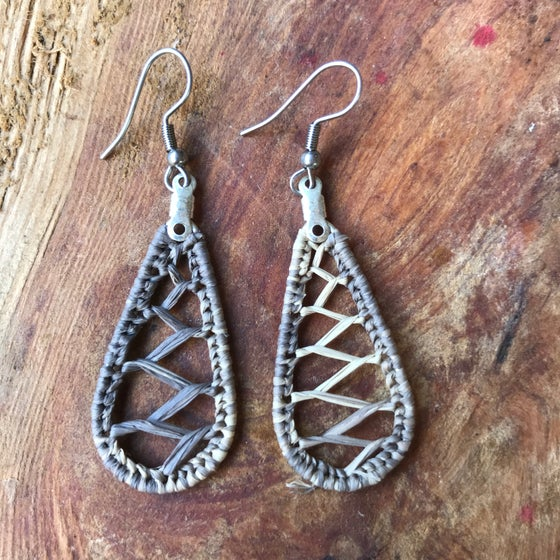 Image of SHOP | EARRINGS  Mawhitiwhiti (oval)