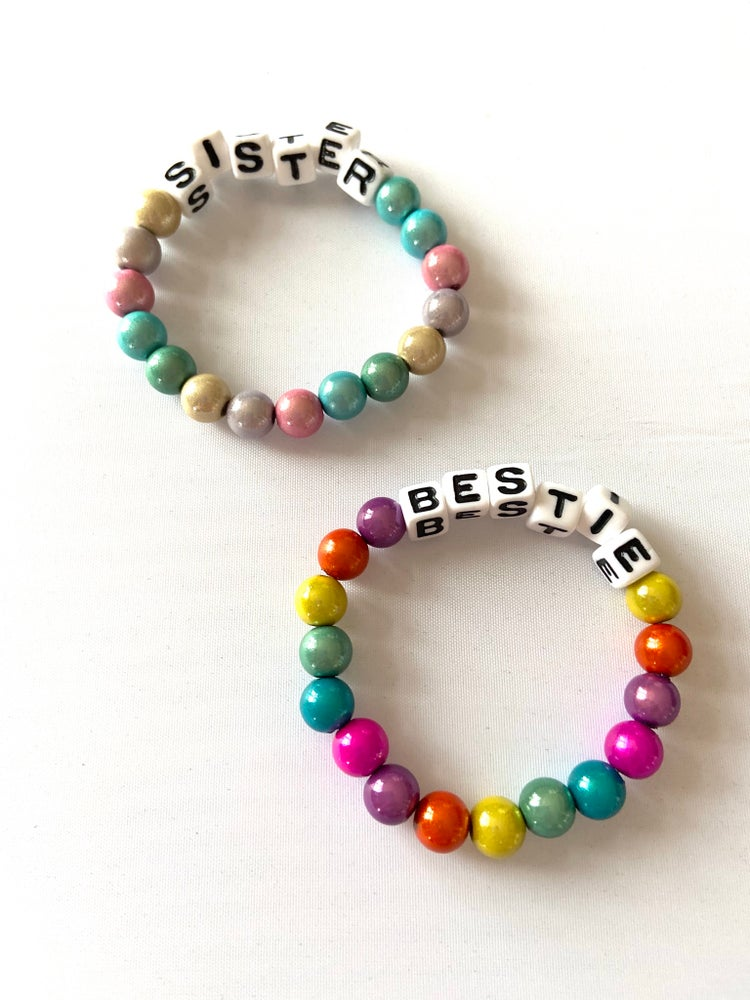 Image of Named Bracelet Kit.