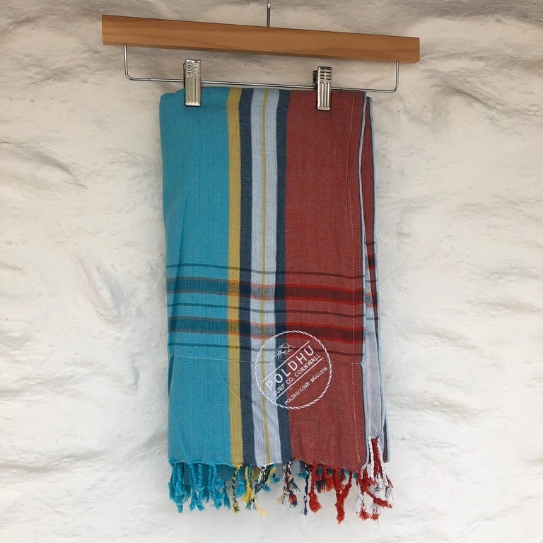 Beach Wrap with Towel Back - Sky/Red