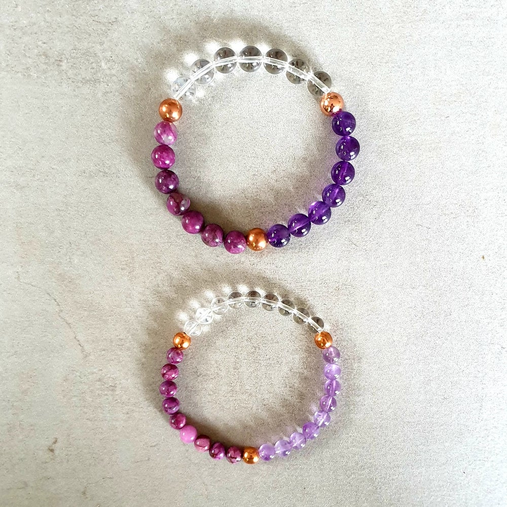 Image of CROWN CHAKRA REIKI BRACELET - Sugilite - Amethyst - Clear Quartz - Copper