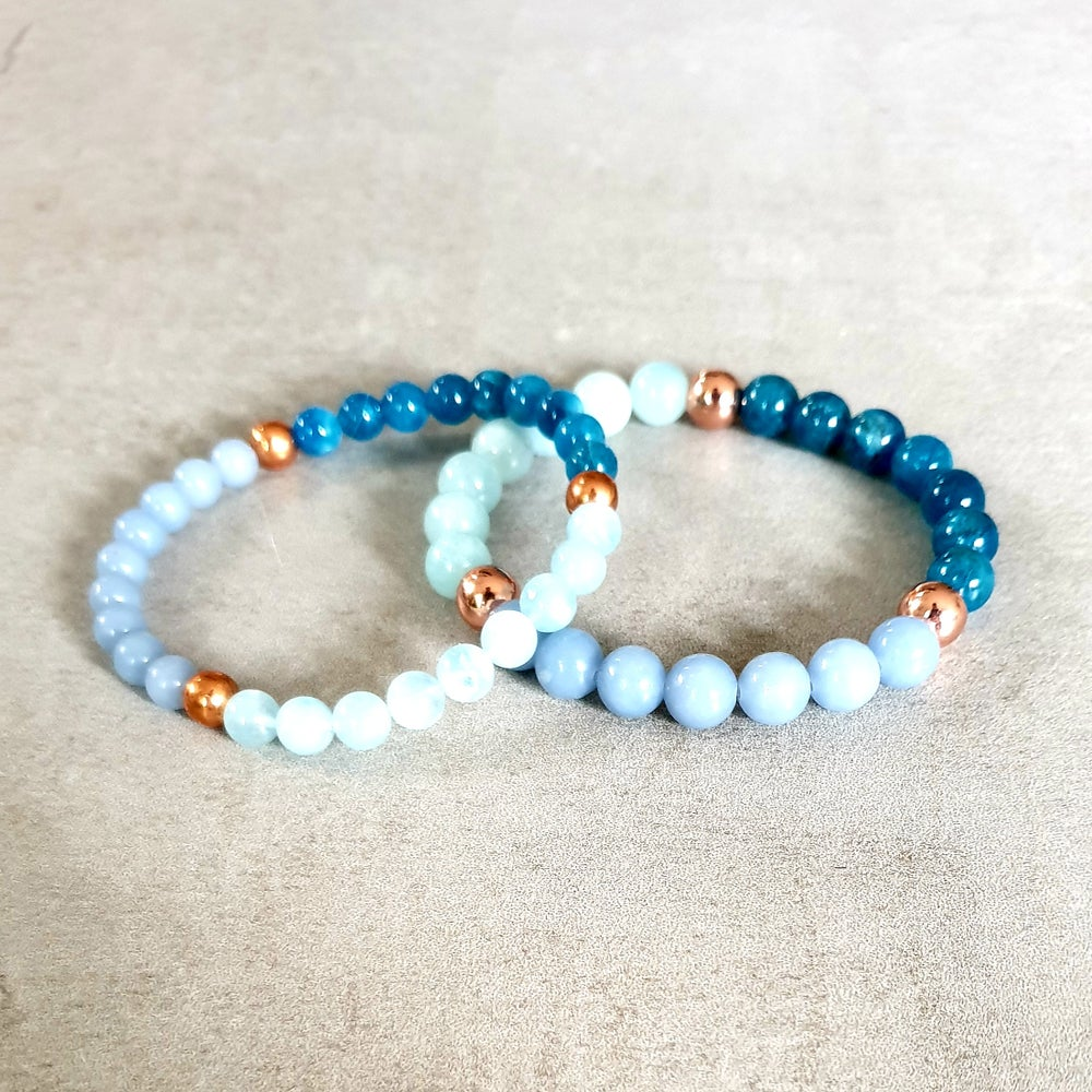 Image of THROAT CHAKRA REIKI BRACELET - Apatite - Aquamarine - Angelite - Copper