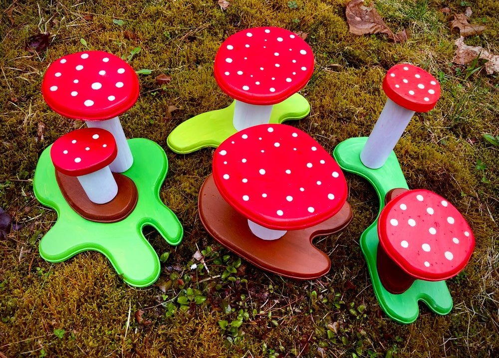 Image of 3D Sculpture Mushroom Yo-Yo Displays