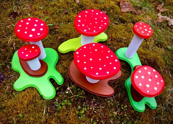 Image of 3D Sculpture Mushroom Yo-Yo Displays