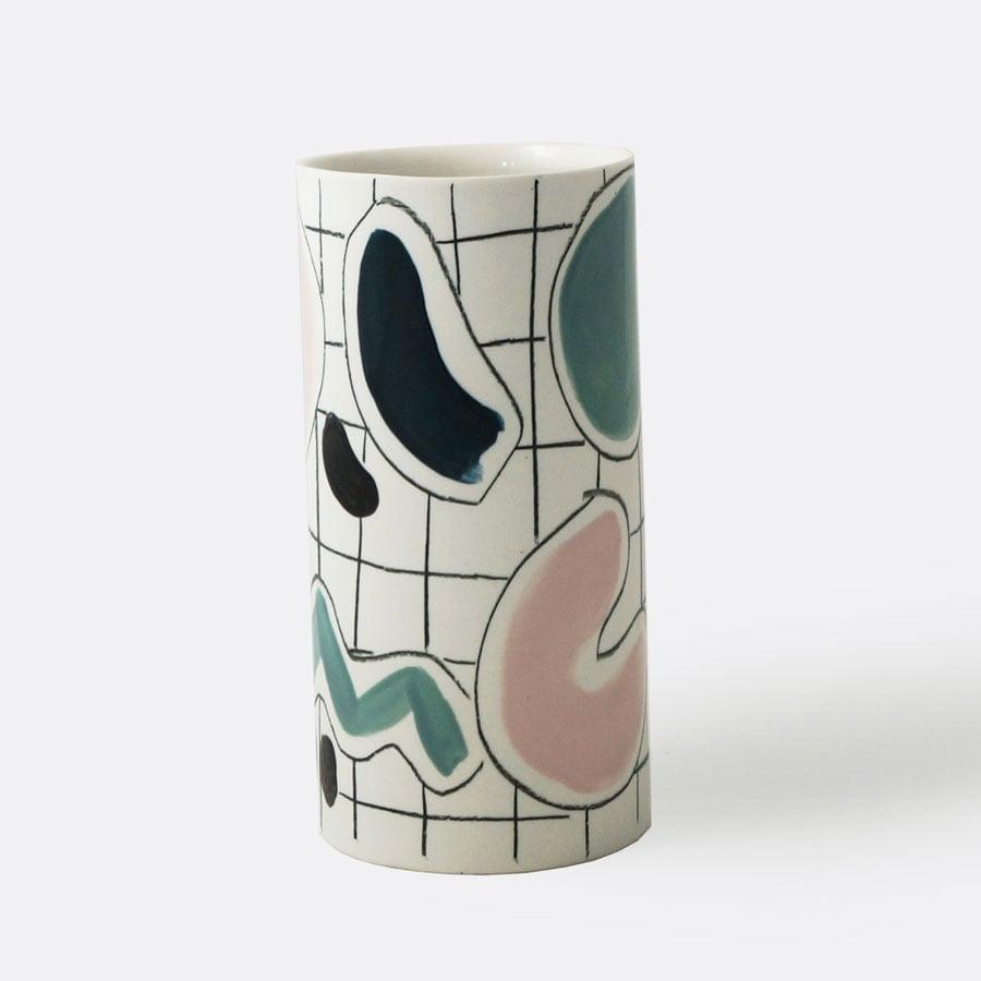 Vase Play #02