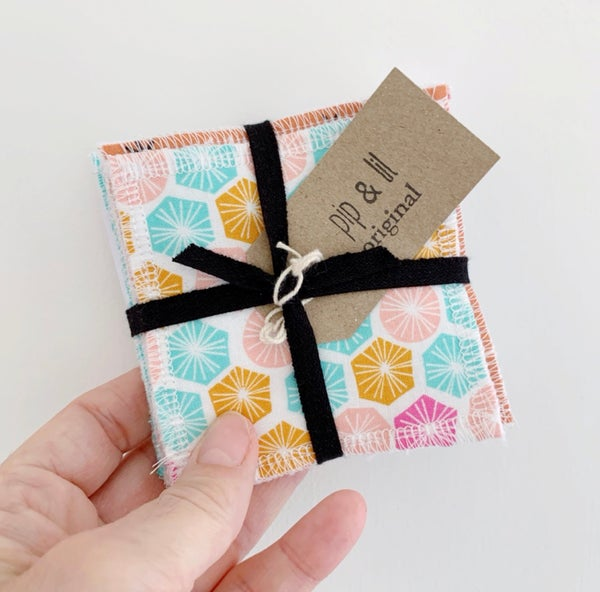 Image of Geometric Reusable Facewipes 7 pack