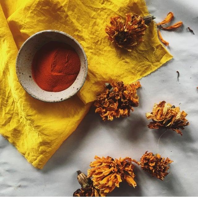 Image of Organic Marigold Mix Extract