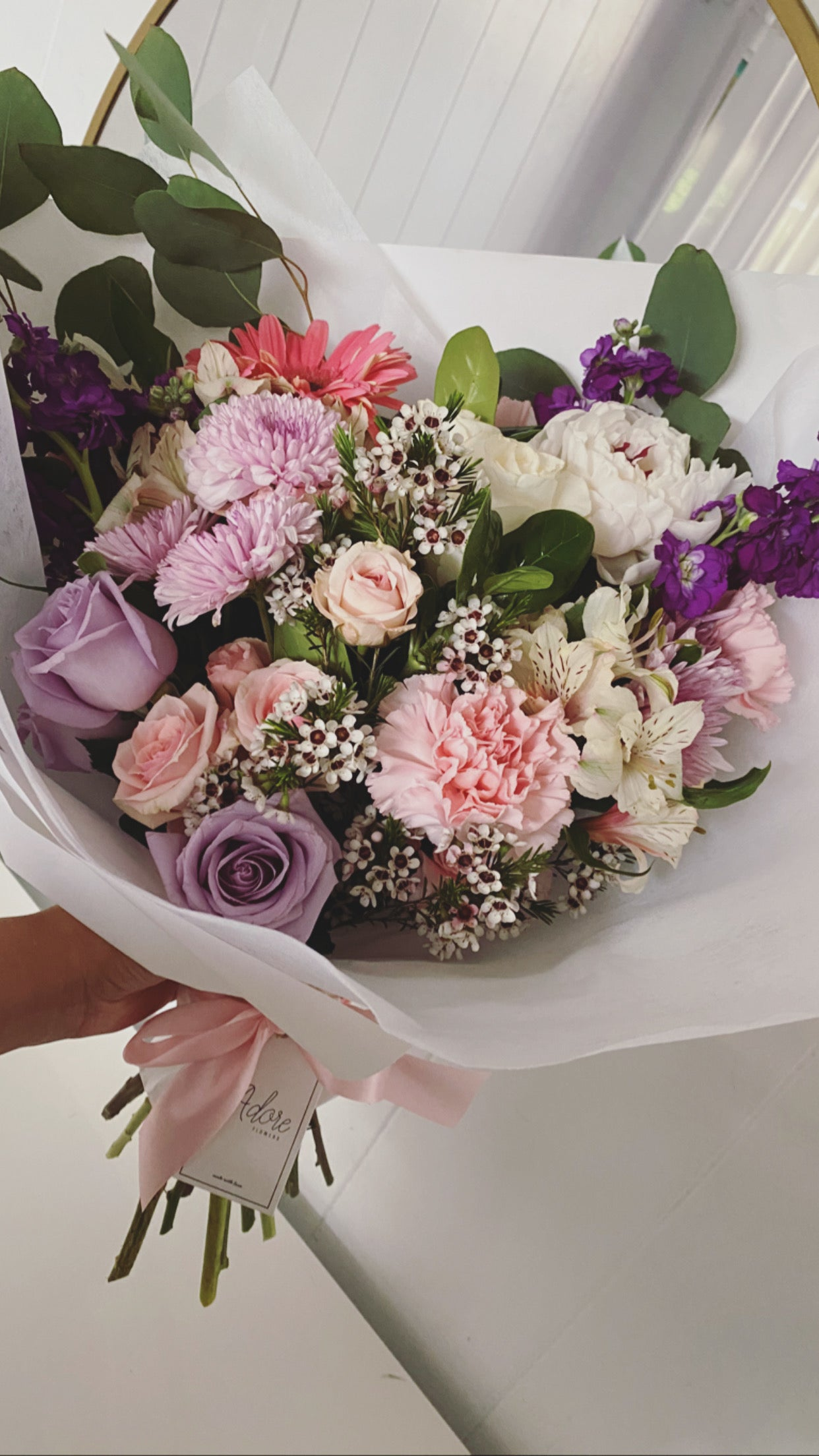 Image of DESIGNERS CHOICE BOUQUET  SMALL