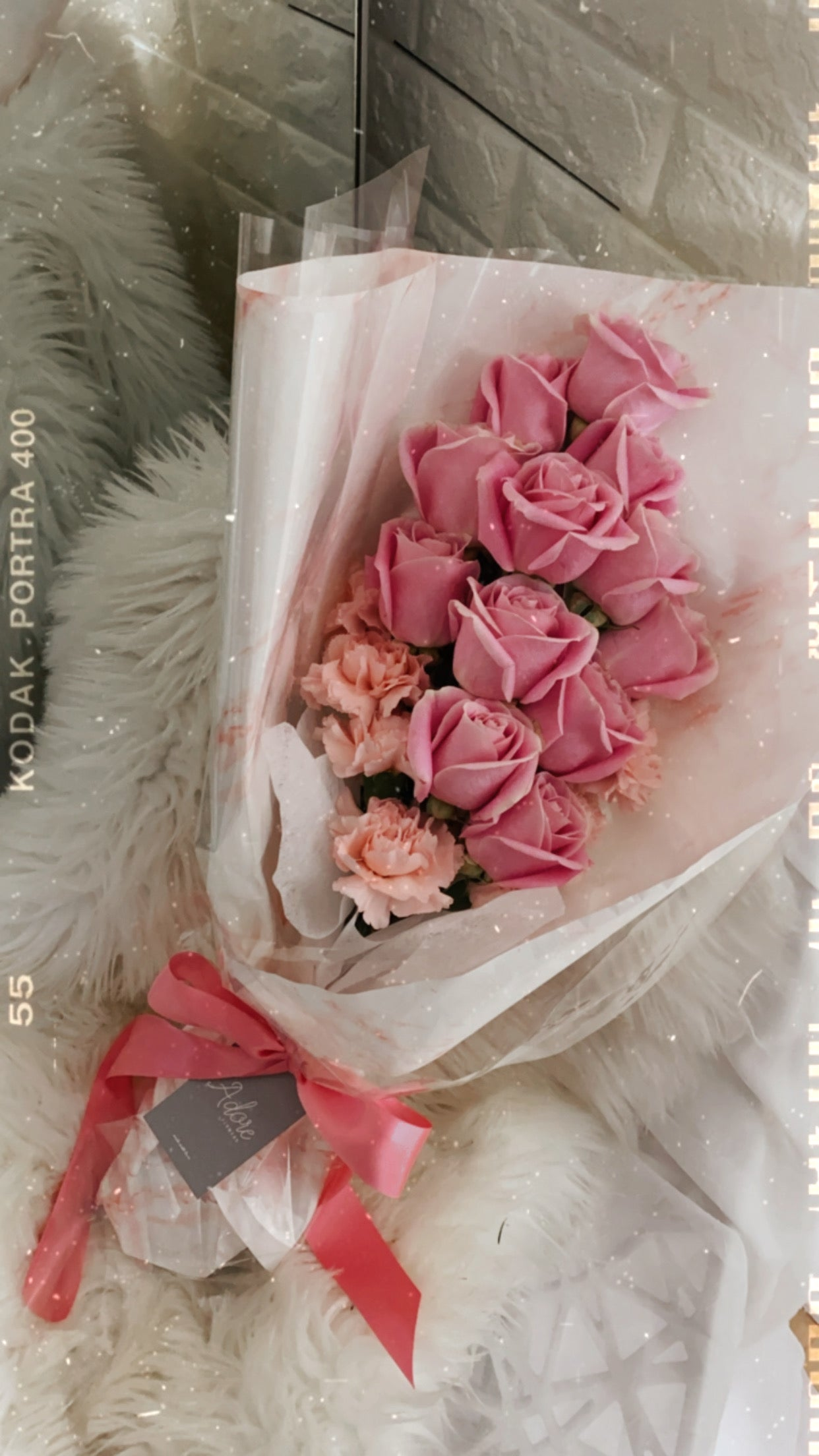 Image of PINK MARBLE WRAPPED ROSES