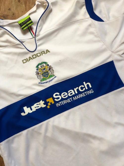 Image of Reserve Issue 2007/08 Diadora Away Shirt