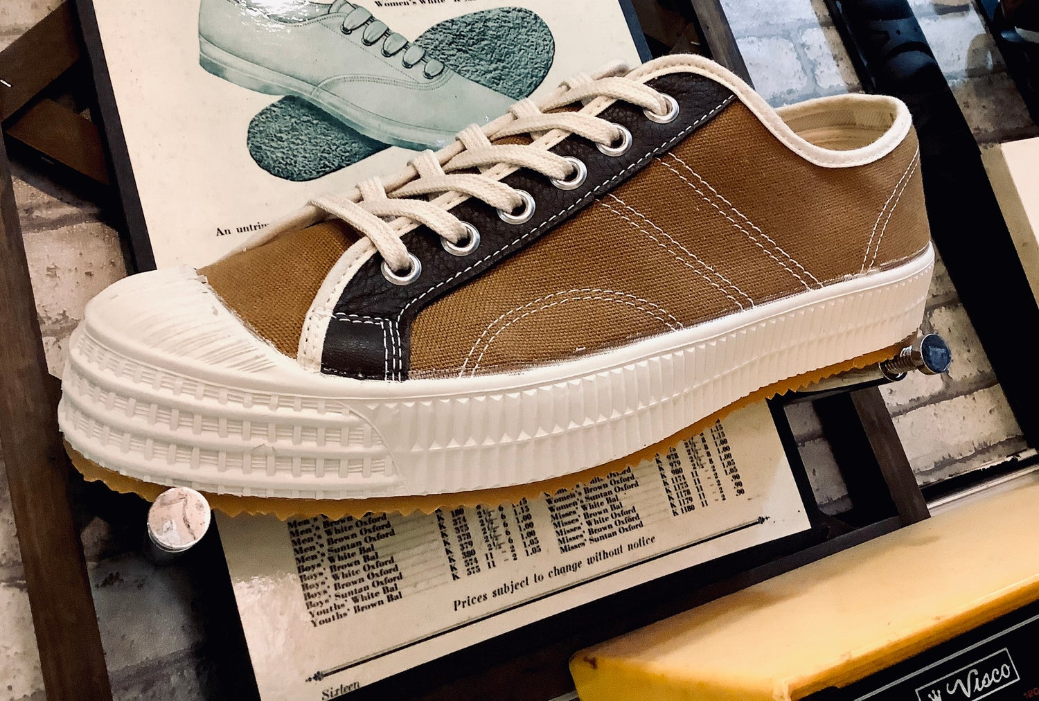 Image of VEGANCRAFT vintage style lo top sneaker shoes made in Slovakia