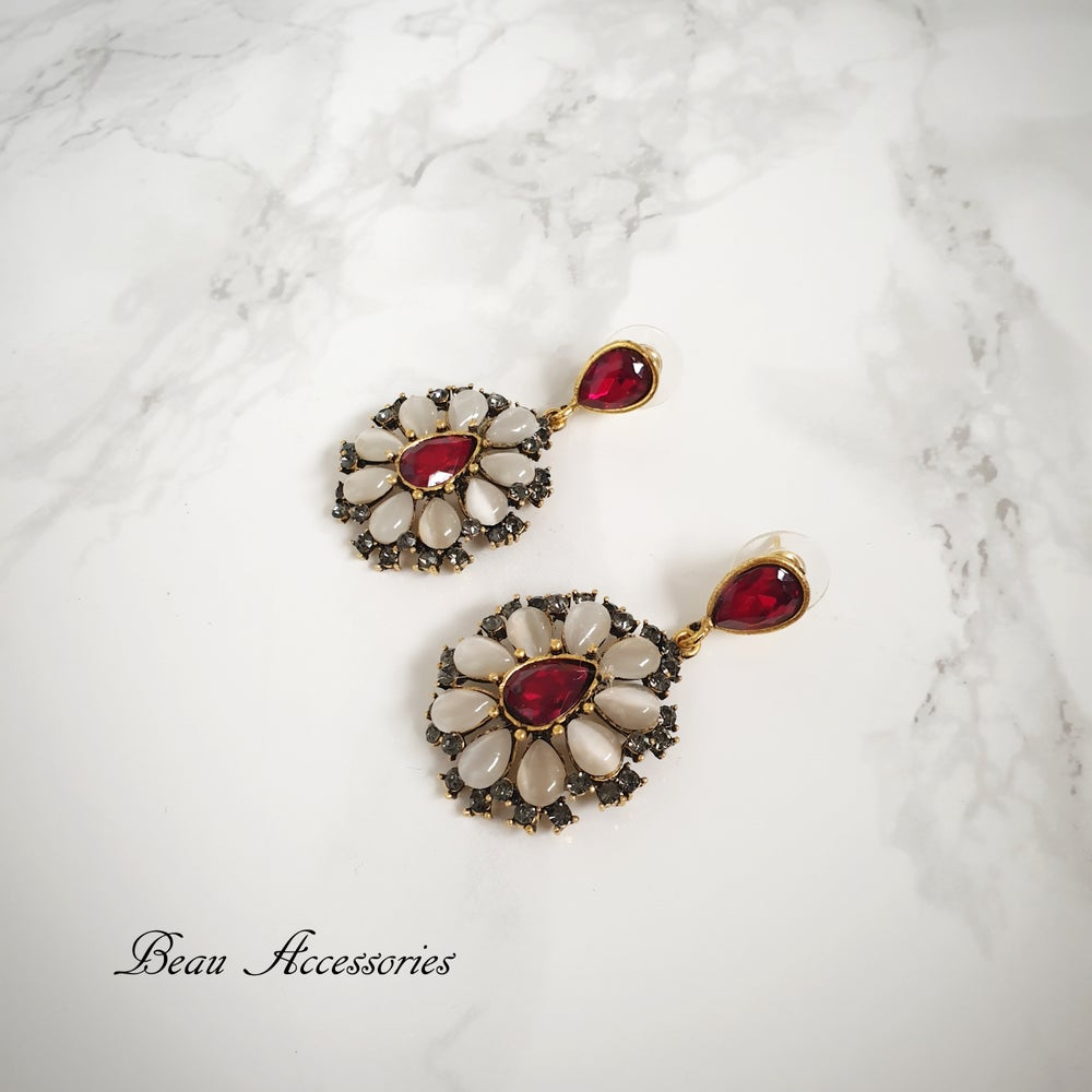 Image of Red Round Droplet Earrings
