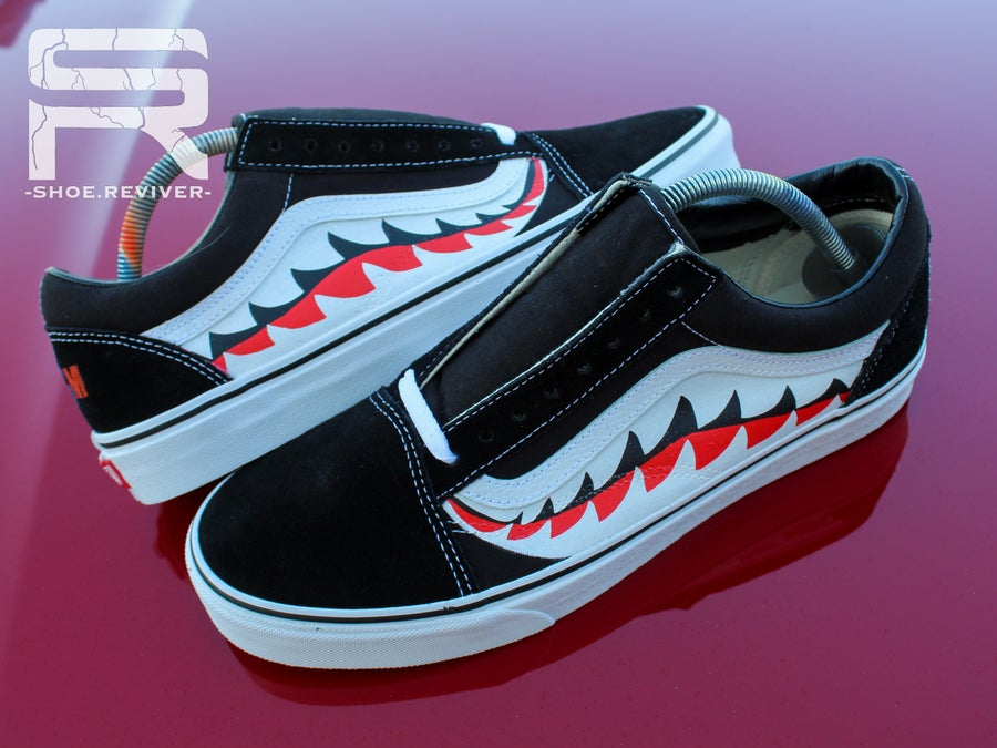 "Image of ""Shark Teeth"" Vans Old Skool Lows"