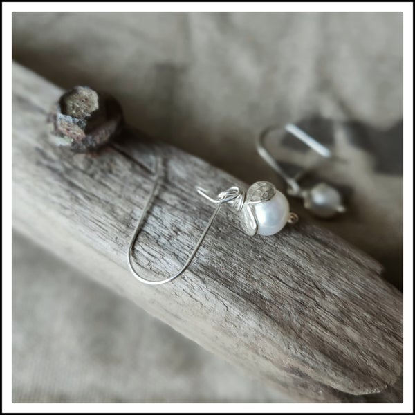Image of Petal & Pearl dangle earrings