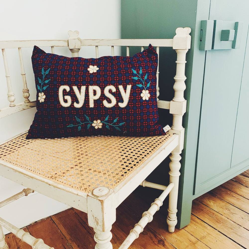 Image of COUSSIN GYPSY
