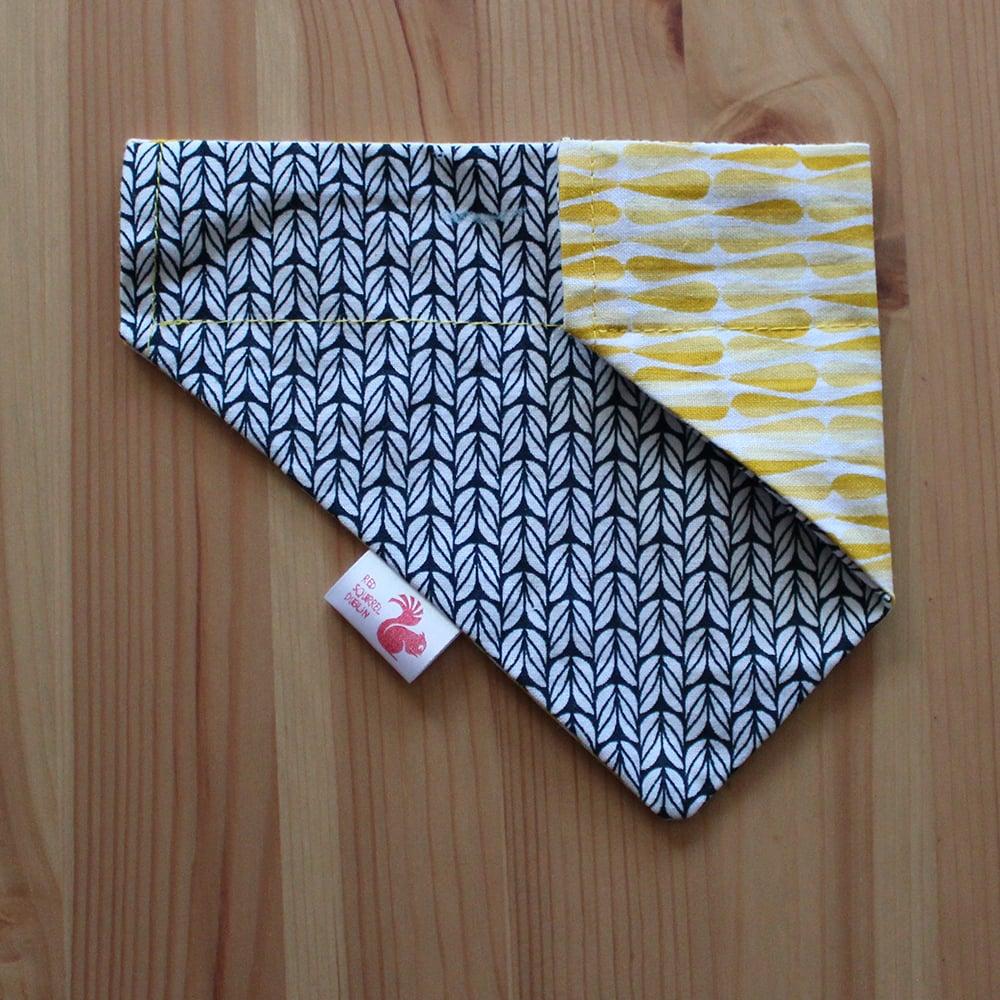 Image of Geometric 2 dog & cat bandana