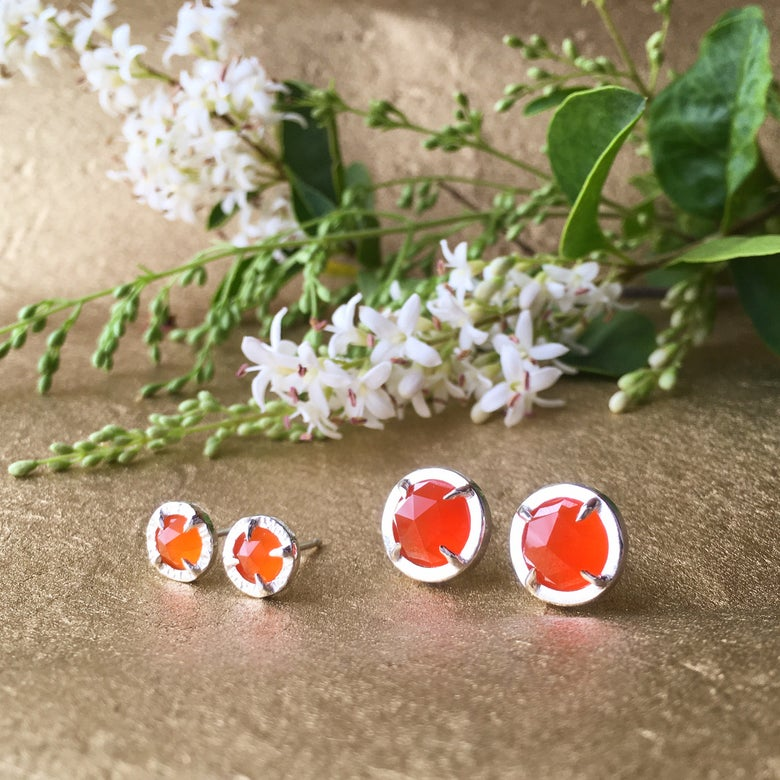 Image of rose-cut juju studs in two sizes