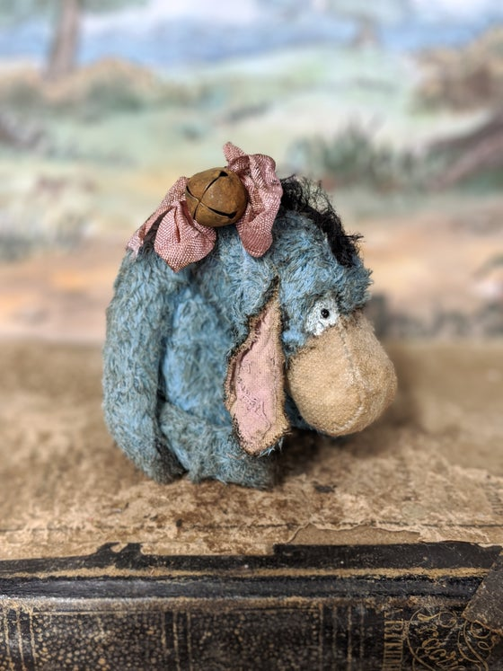 Image of Teenie-Weenie little classic vintage style Eeyore donkey by whendis bears