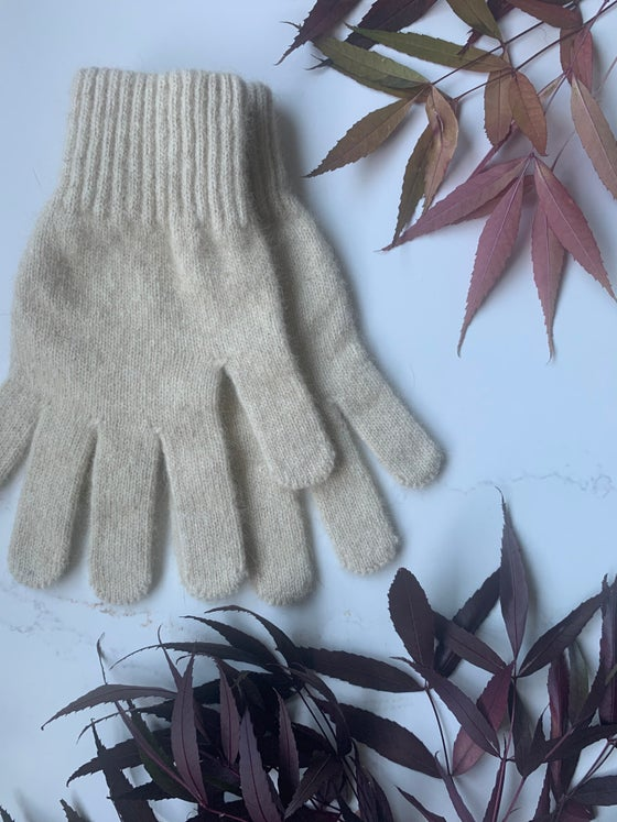 Image of Luxury Possum Gloves