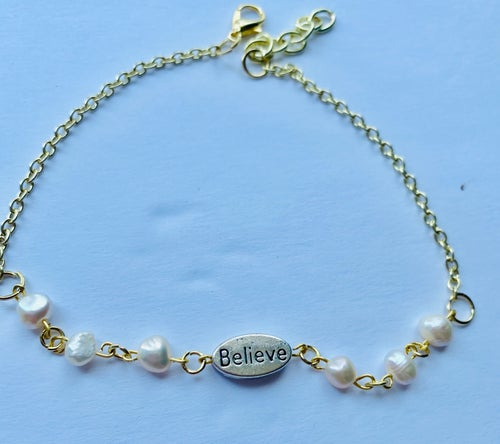 Image of Clutch your Pearls Anklet