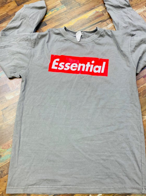 Image of ESSENTIAL™️ Vintage Supreme Box Logo Tee