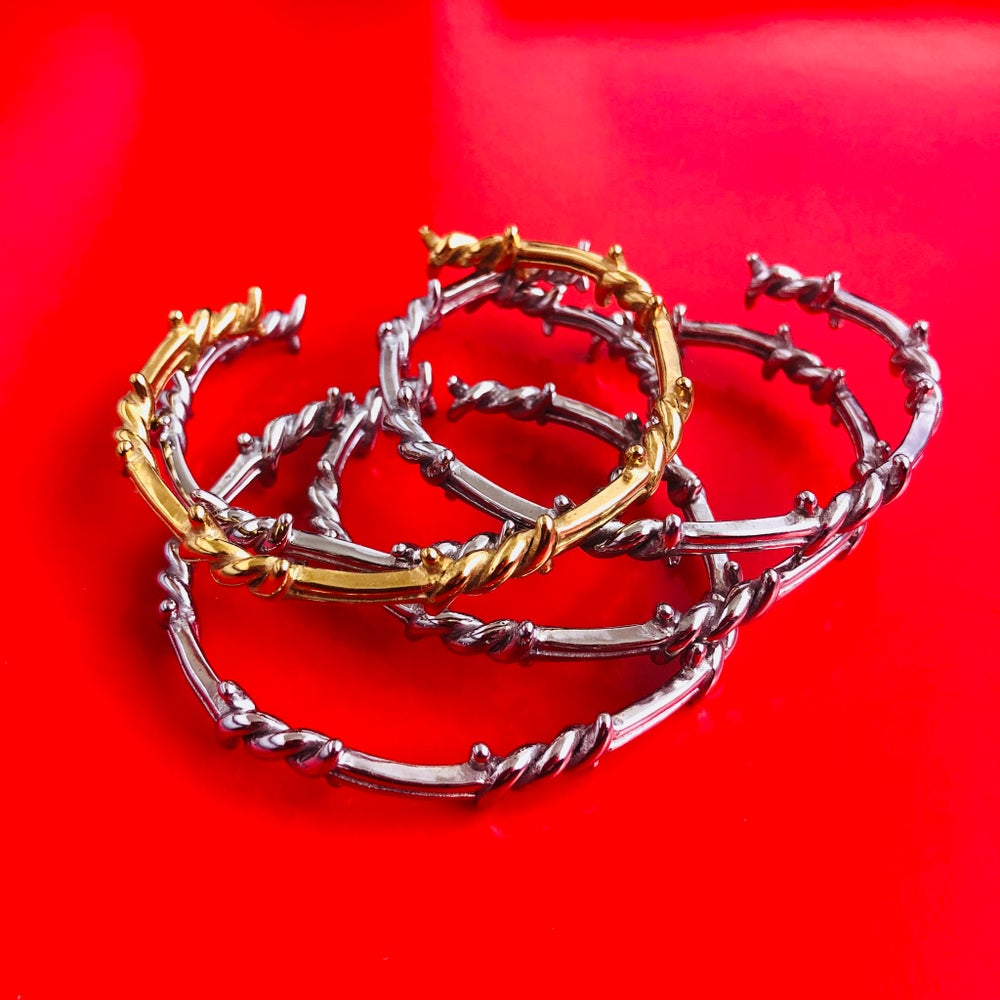 Image of SOLID BARBED WIRE BANGLE