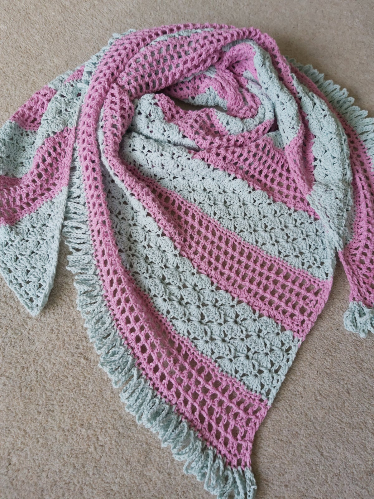Image of Make Lemonade Shawl