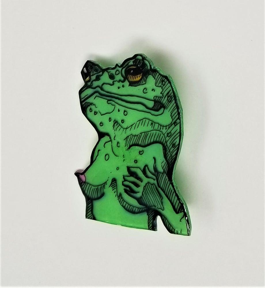 Image of Green Frog Pin
