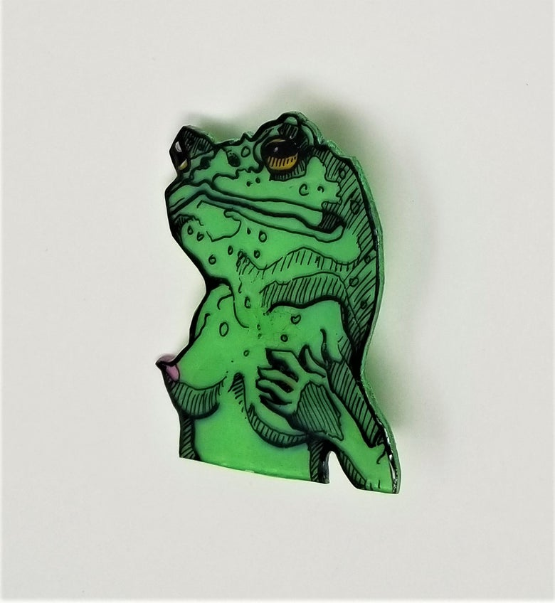 Image of Green Frog Pin