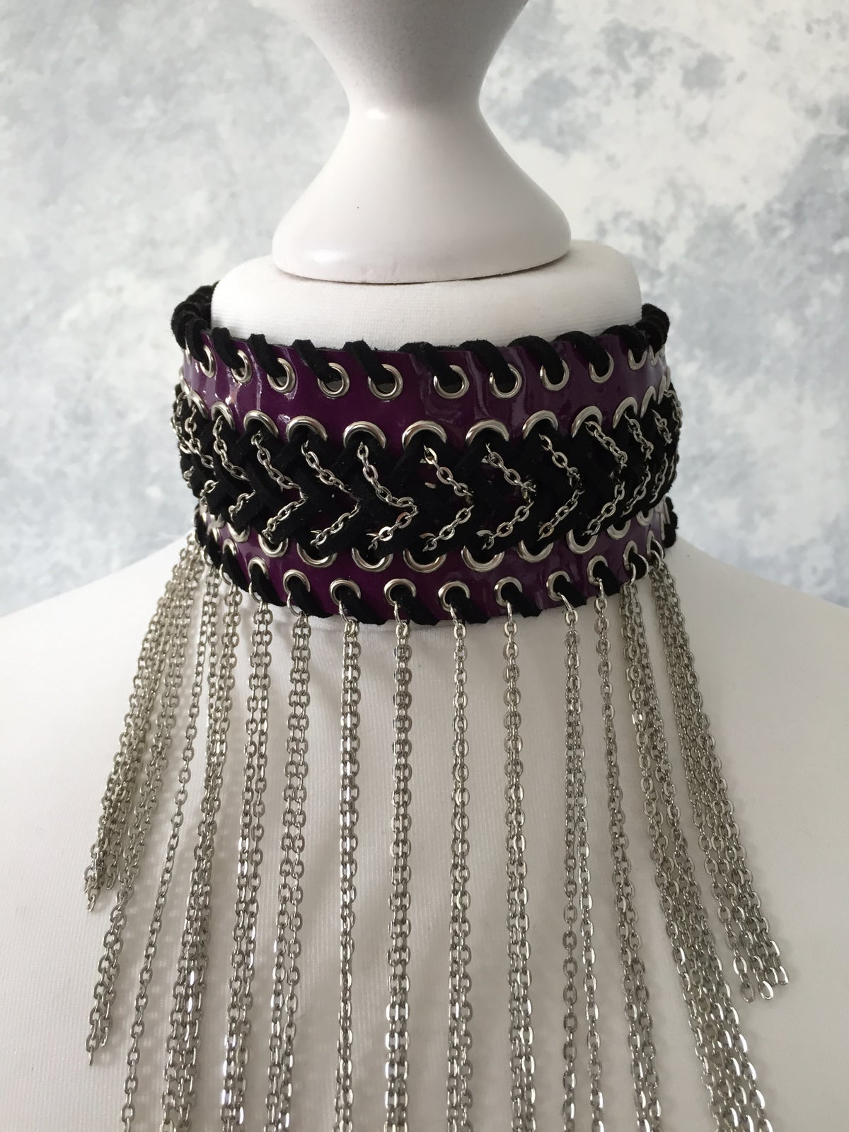 Image of Purple chain collar