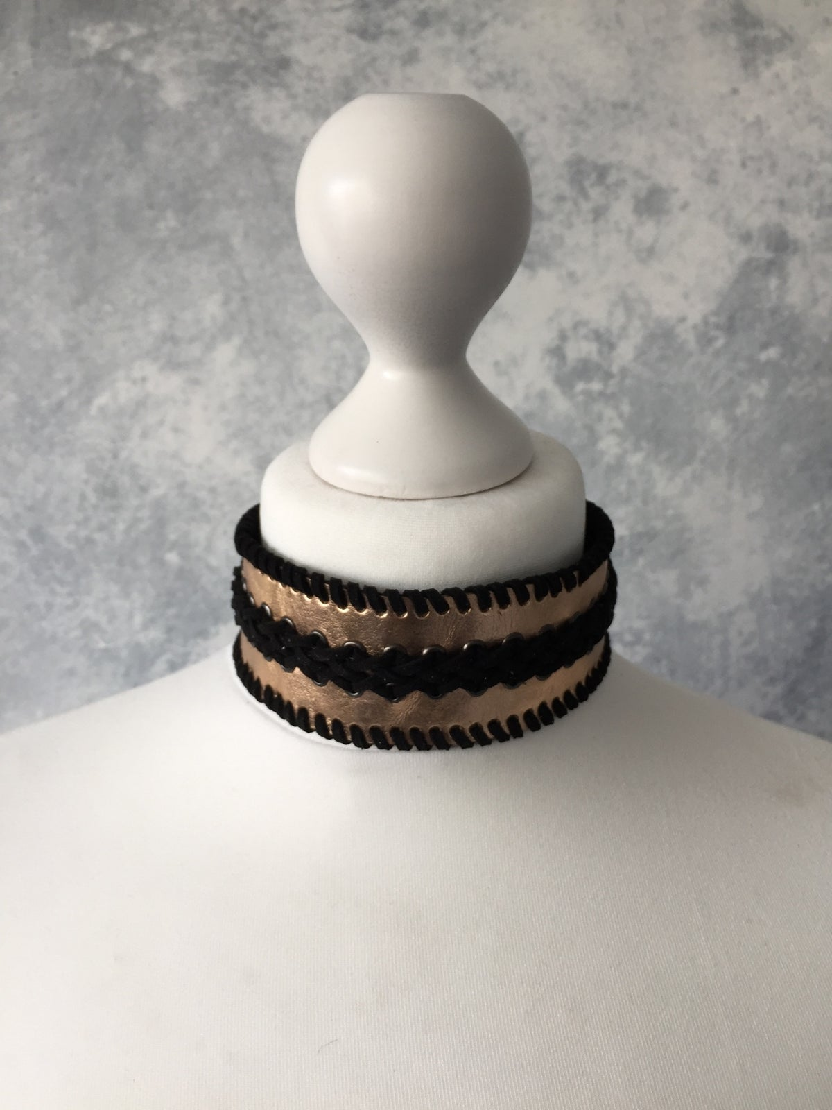 Image of Rose Gold & Black collar